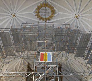 Einrüstung des Kircheninnenraums